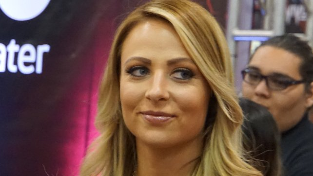Former WWE Superstar Emma Debuts At ROH's Honor Reigns Supreme; Bully Ray Forces Her Debut Match