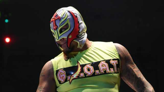 Rey Mysterio Reportedly Signs New WWE Deal