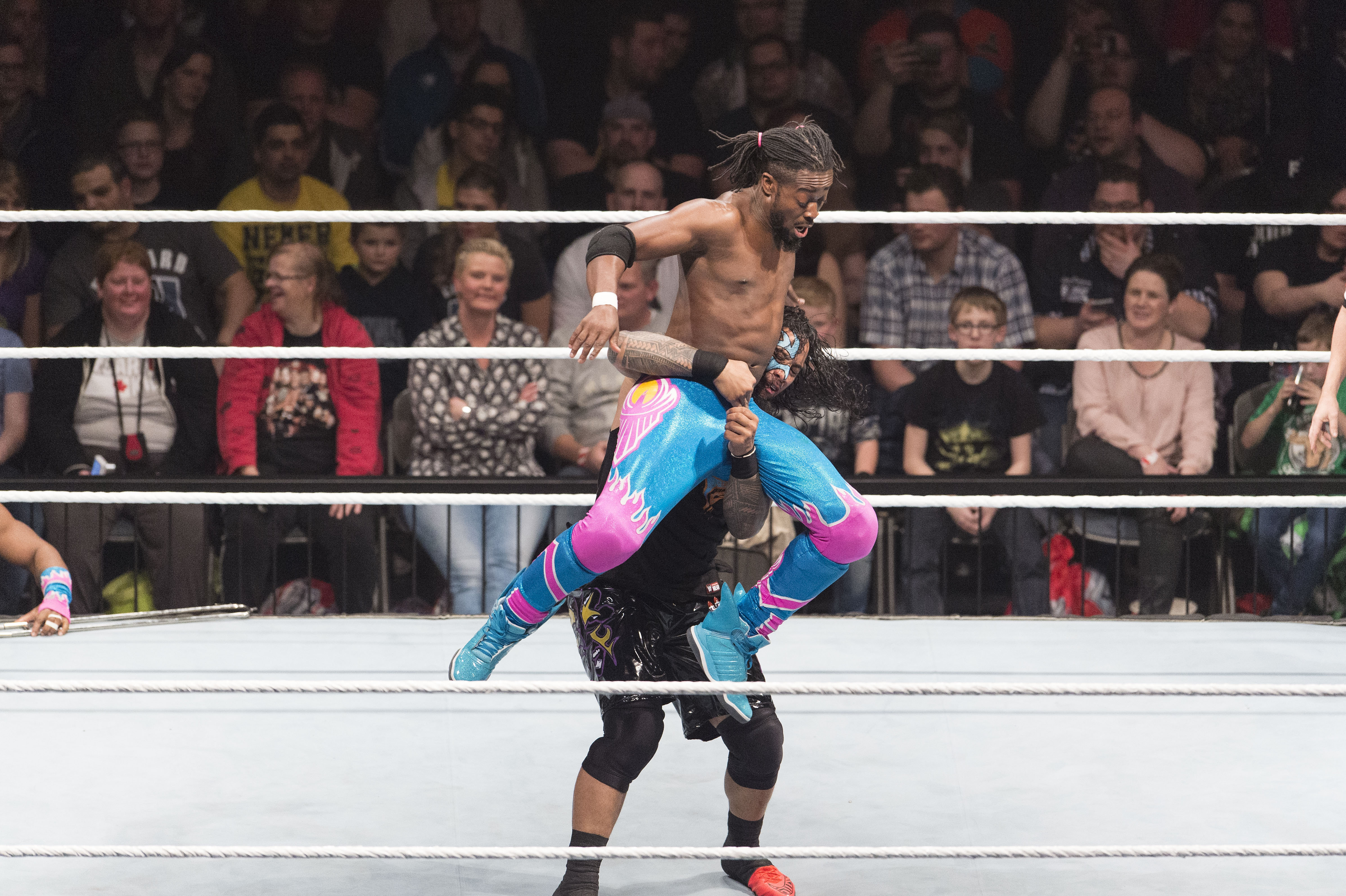 The New Day v The Big Show & Usos